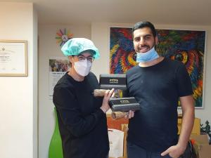 אורתודנטית מומחית ליישור שיניים למבוגרים